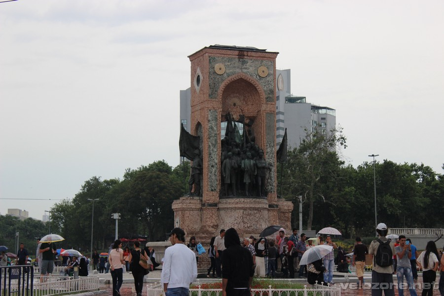 Na placu Taksim