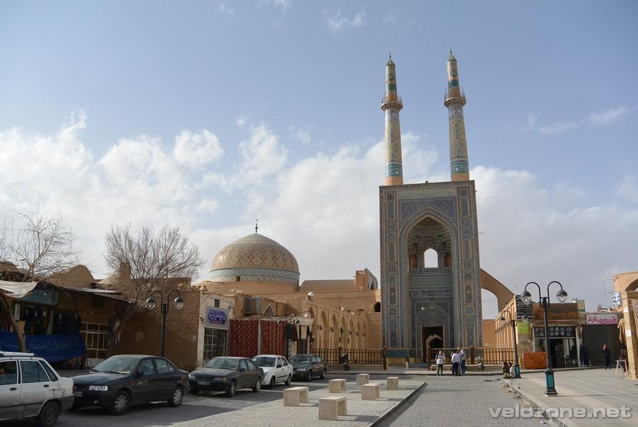 Meczet piątkowy, Jazd